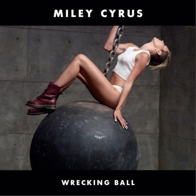 Miley-Wrecking-Ball